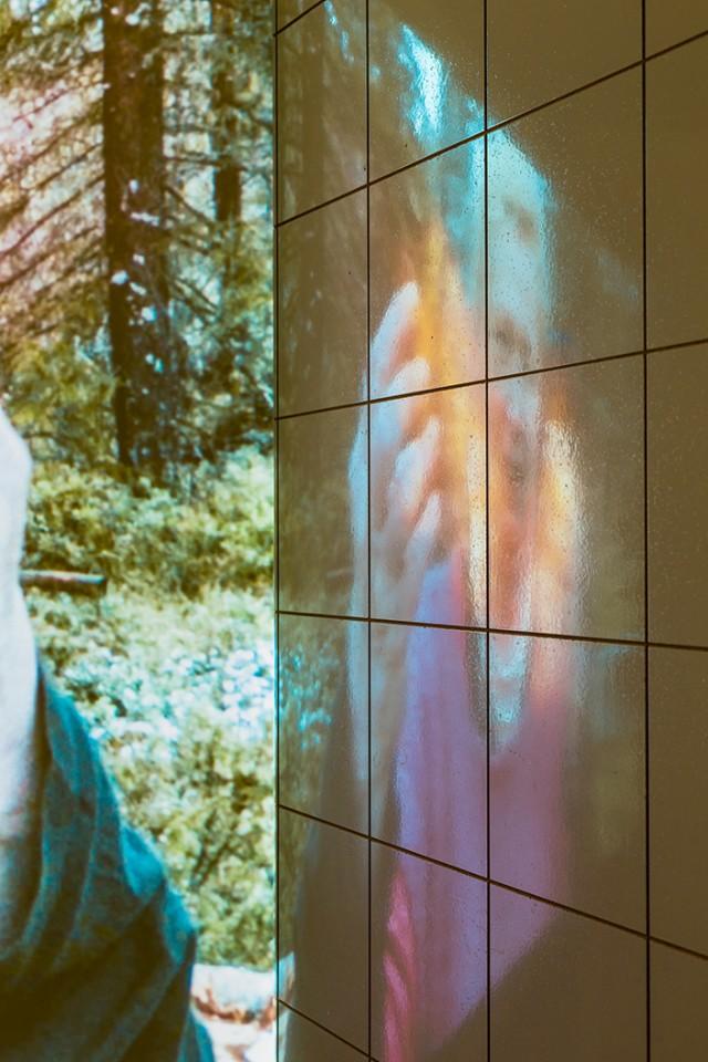 detail film installation sauna