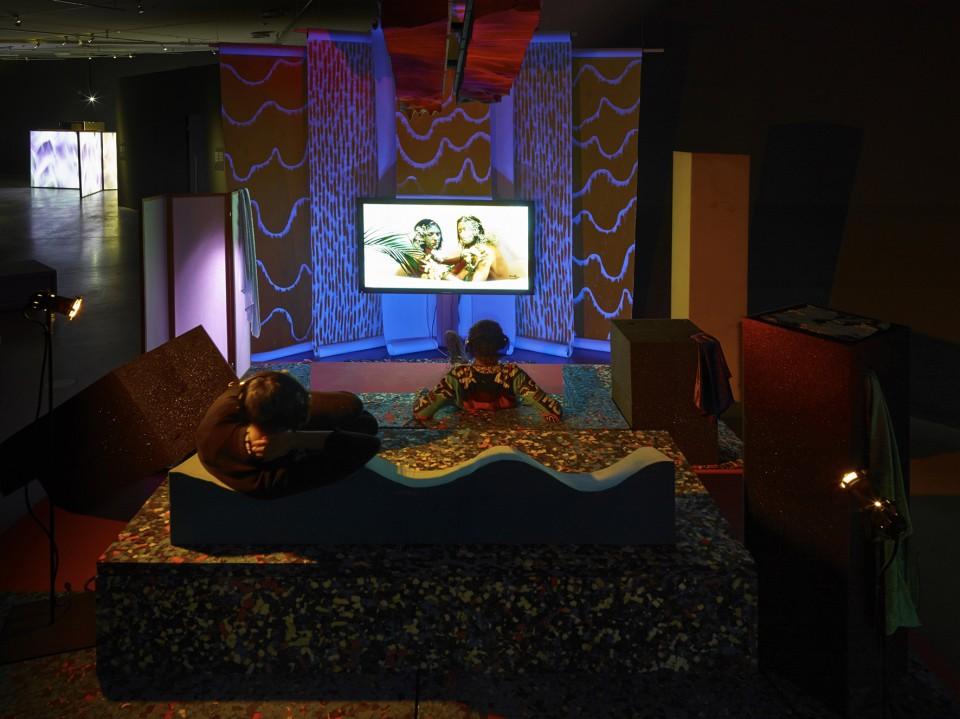 sculpture installation screen bed love