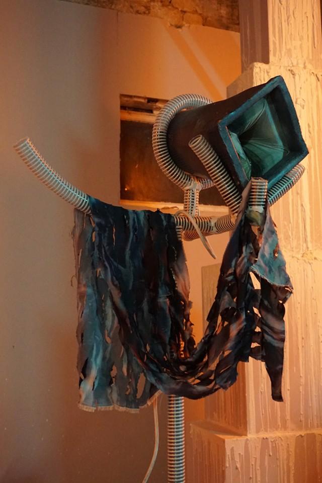 sculpture installation opera