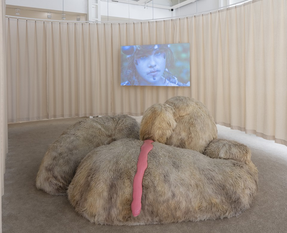 sculpture installation sofa