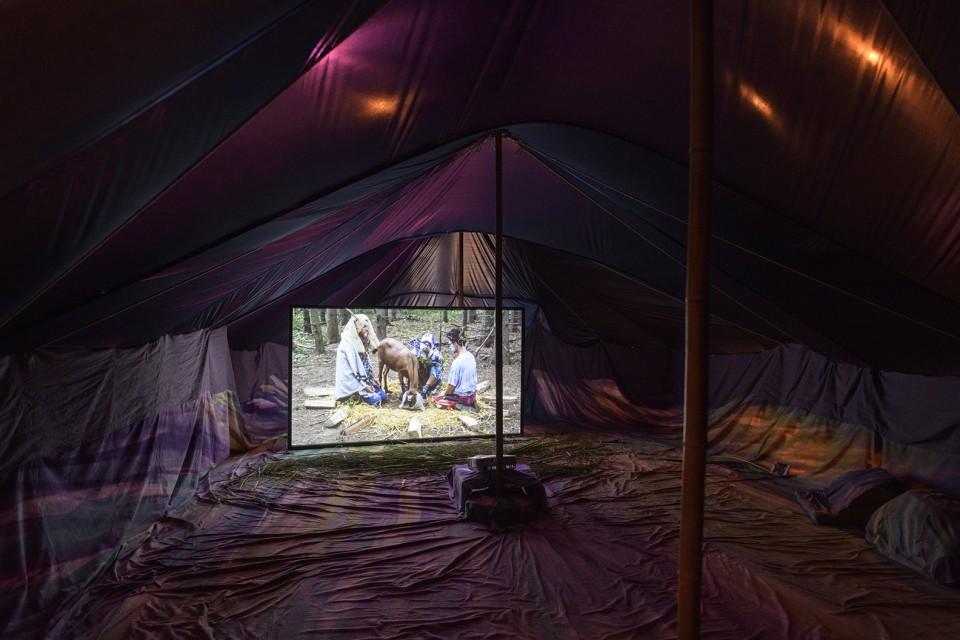 installation tent